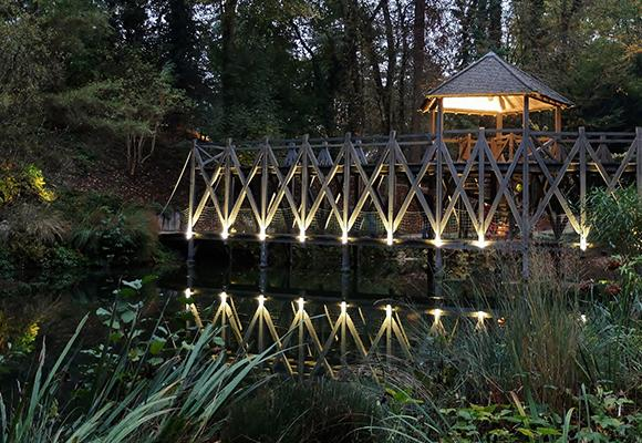Éclairage extérieur pont
